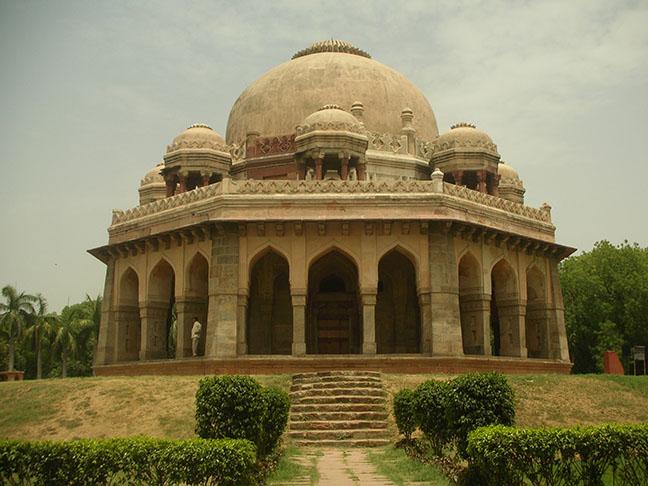 tomb of tilangani nizamuddin